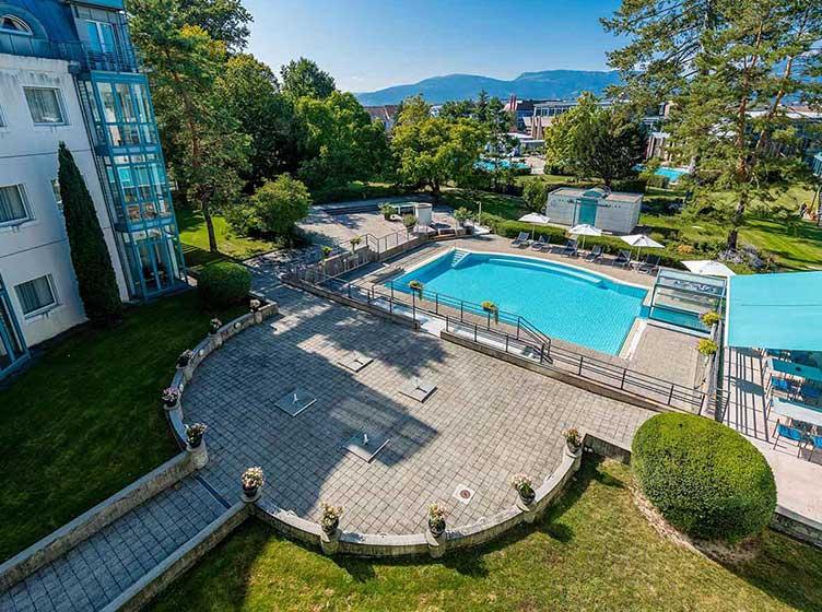 hôtel vue extérieur piscine centre thermal