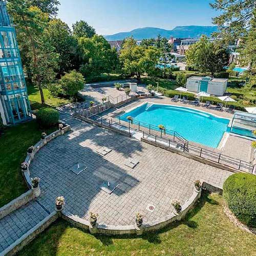 hôtel avec piscine extérieur centre thermal