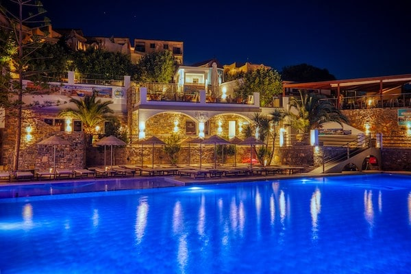 Elounda Residence Hotel & Waterpark
