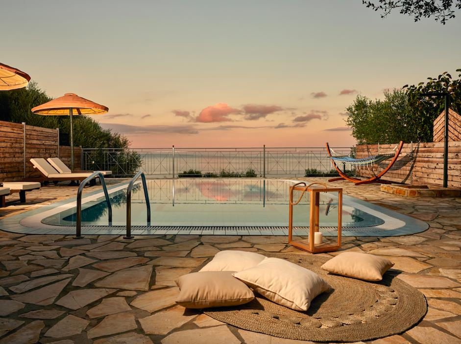 Emerald Villas & Suites