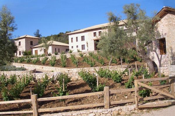 Lefkas Earth Winery