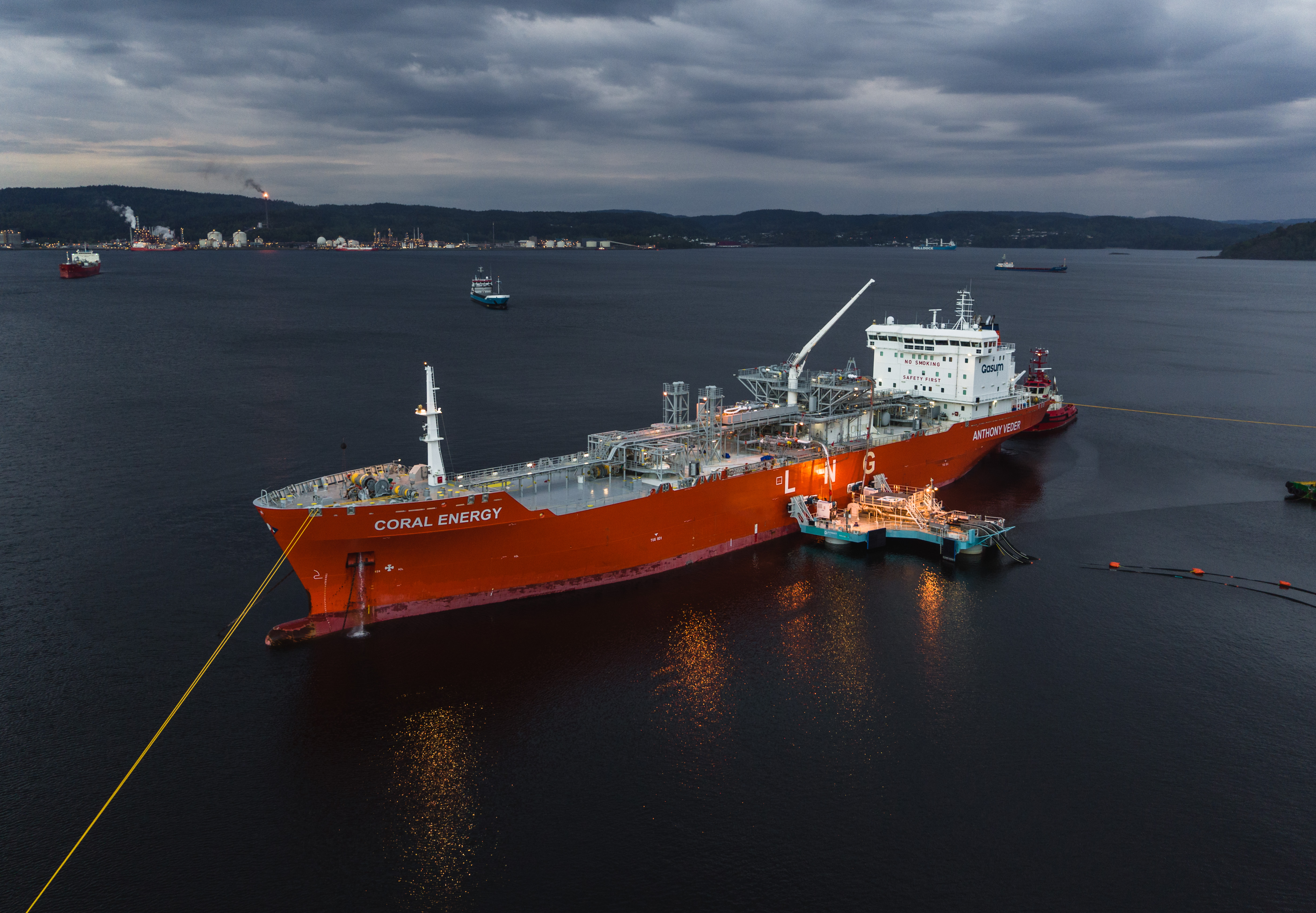 ECONNECT Energy's IQuay delivers LNG to Herøya on the 25th of May