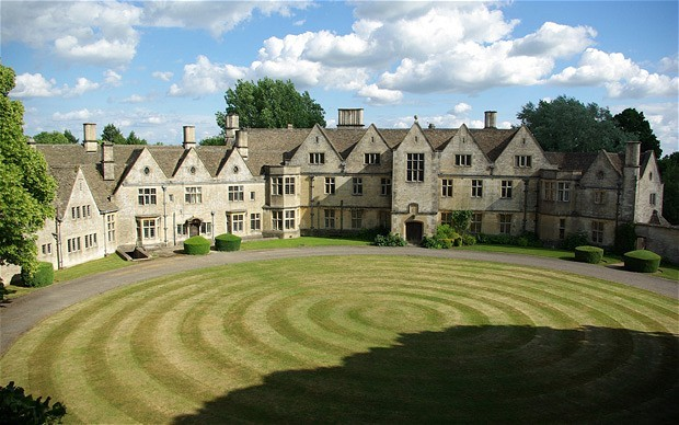 rodmarton manor exterior