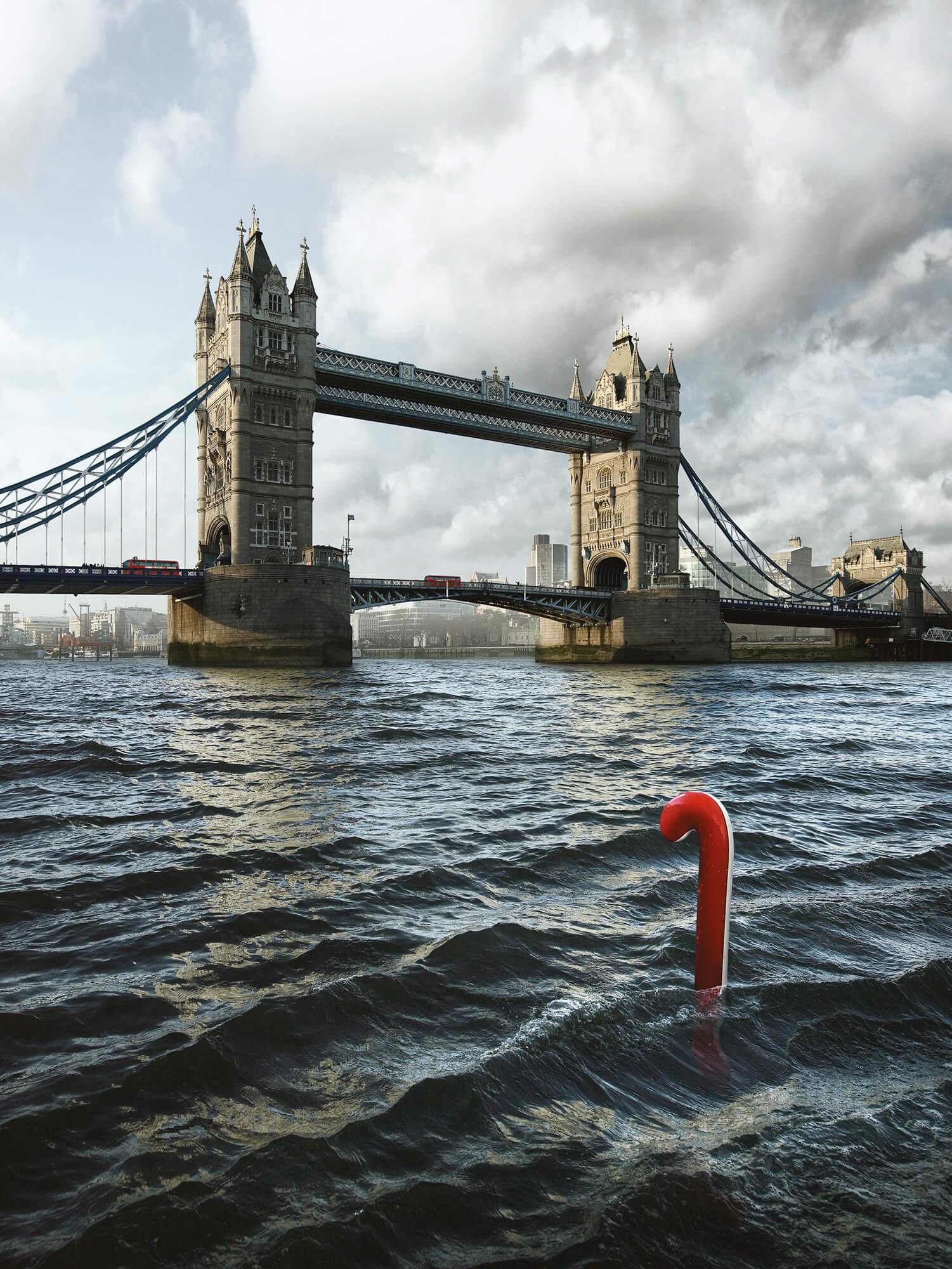 Submarine by Geert de Taeye
