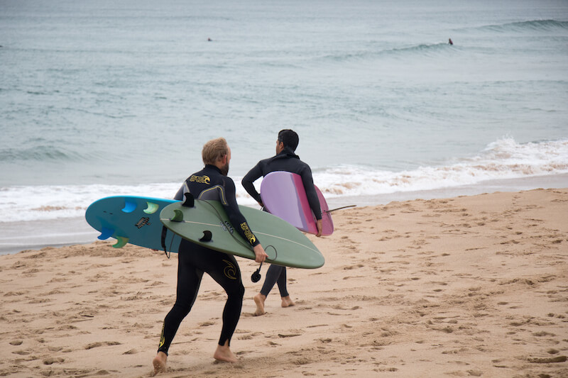 How to run a business while surfing in Costa Rica?