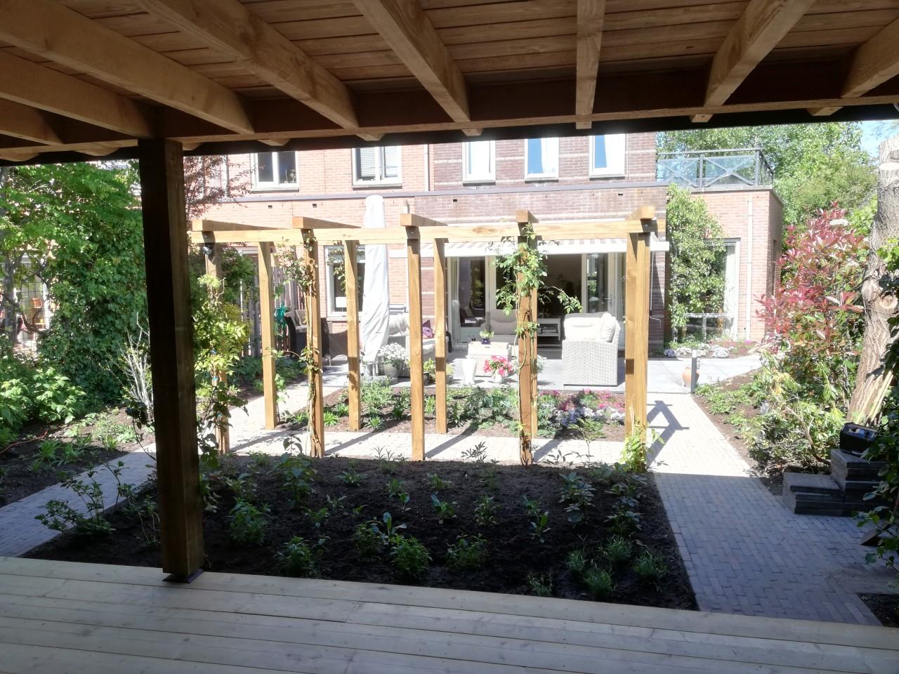 tuinaanleg veranda satter colonnade
