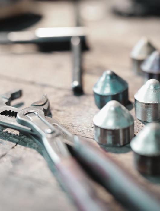 Werkzeug und Restschmelzlinge