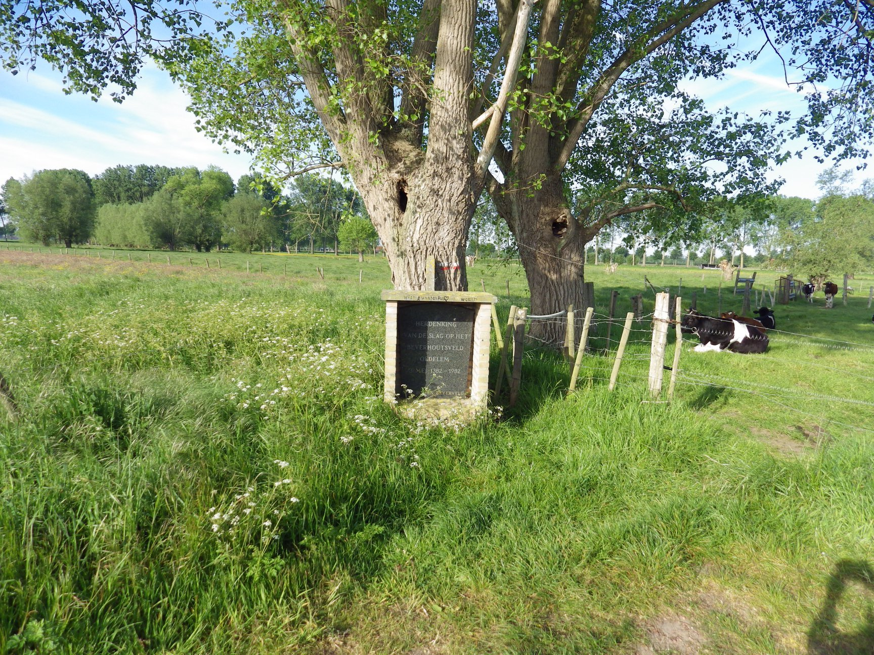 Gedenksteen Beverhoutsveld