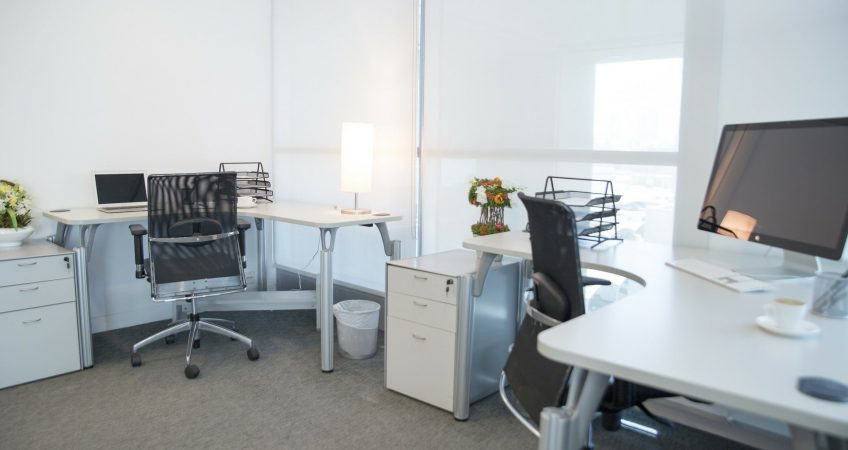 What are The Benefits of Using a Fully Serviced Office?