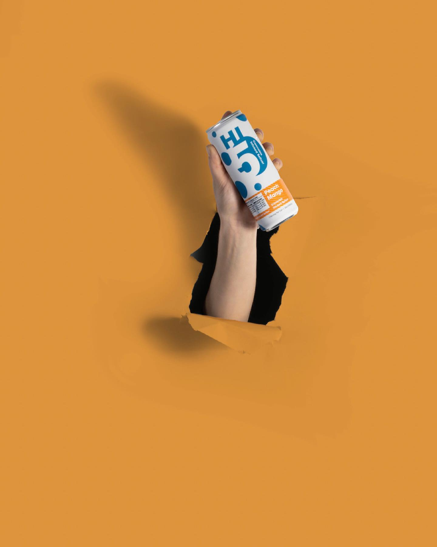 Peach-Mango-Hi5-Cannabis-Infused-Seltzer-Drink