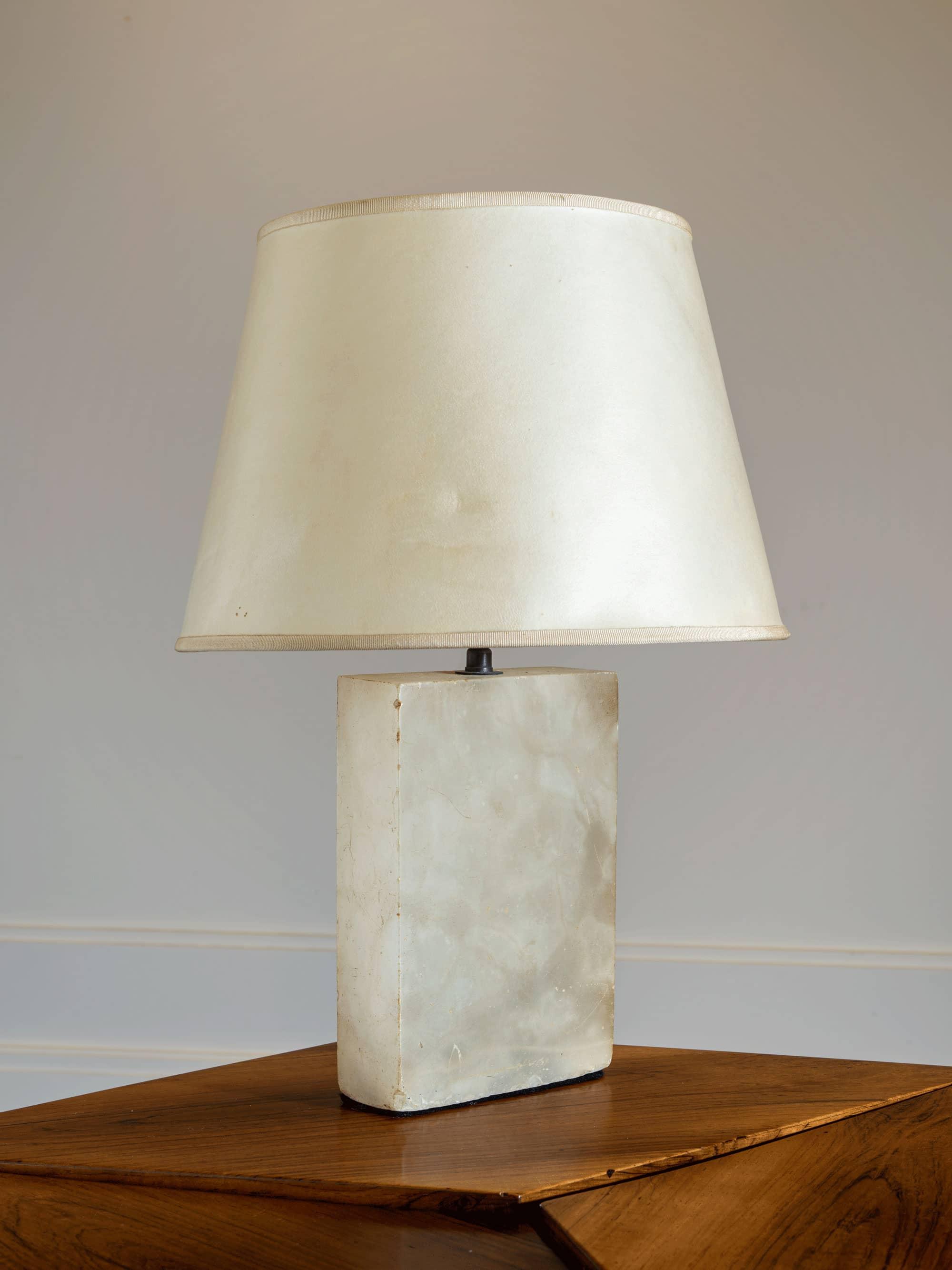 Lampe bloc en albâtre