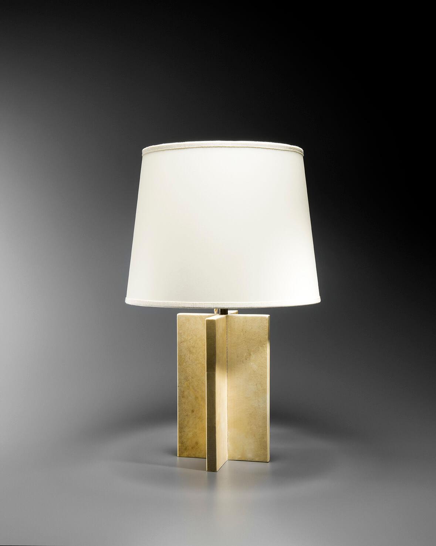 Lampe cruciforme recouverte de parchemin