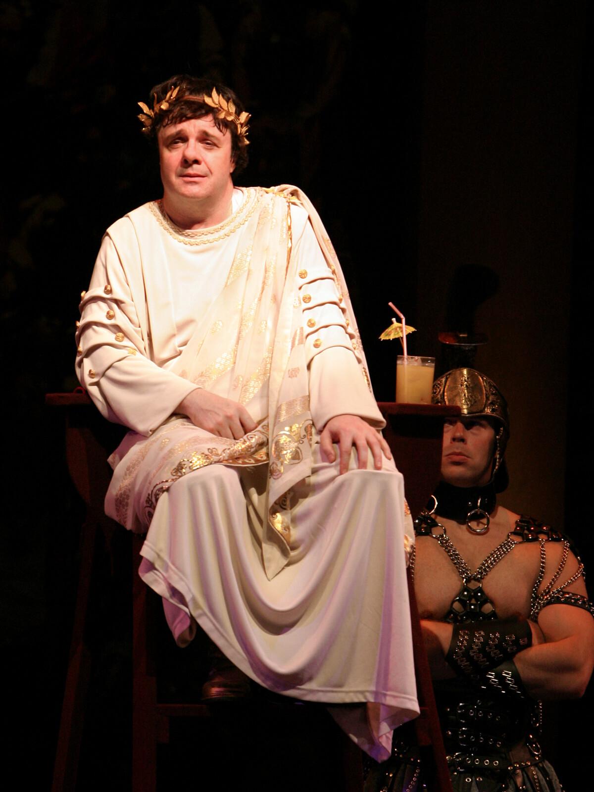Dionysos (Nathan Lane).