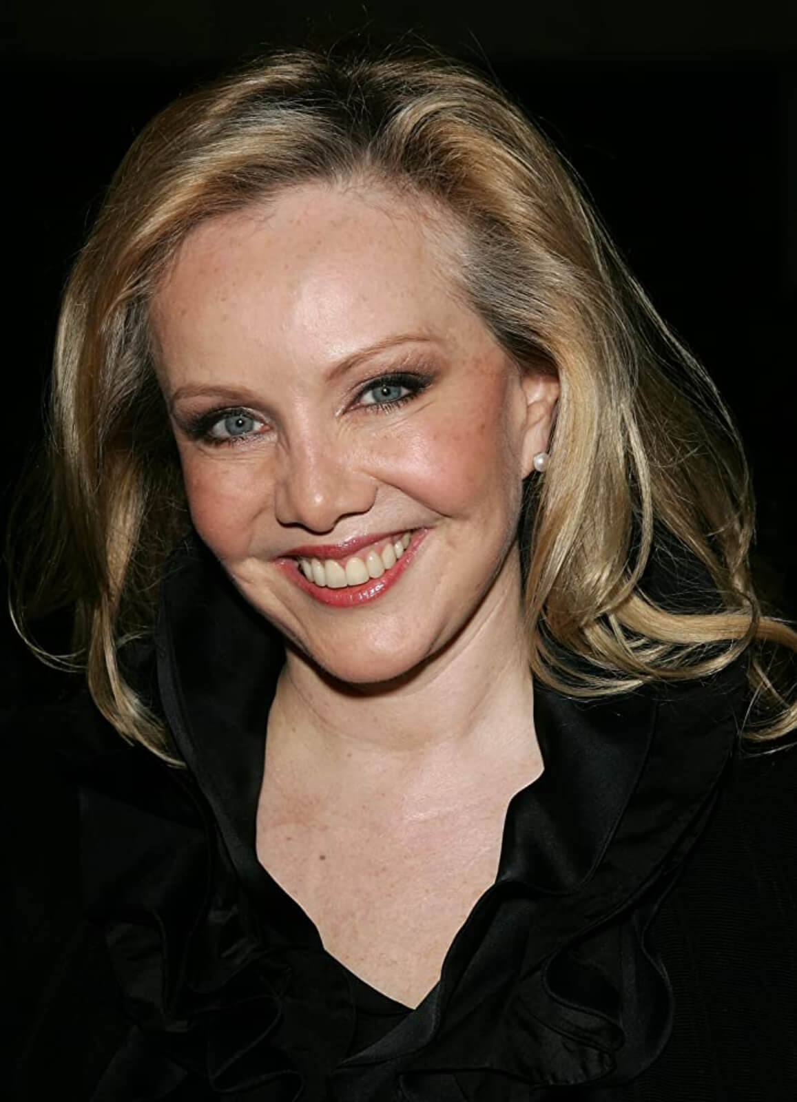 Headshot of Susan Stroman, dressed in black.
