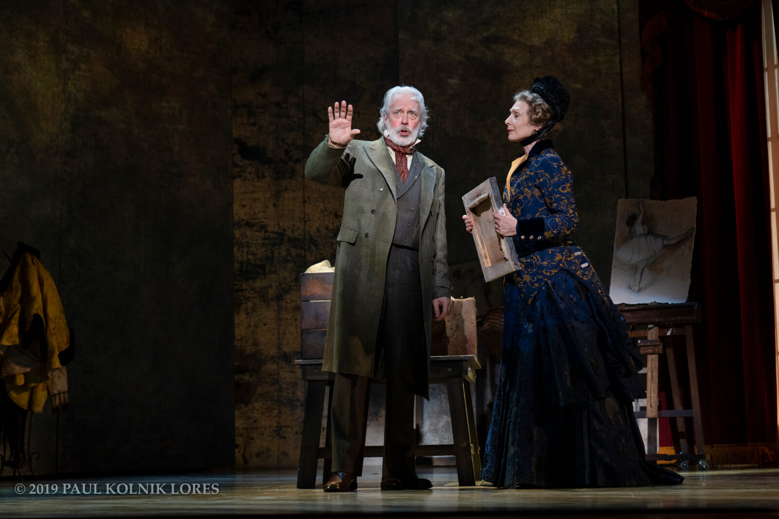 "Degas (Terrence Mann) singing ""Never Done Before"" to Mary Cassatt (Dee Hoty) in the musical Little Dancer."