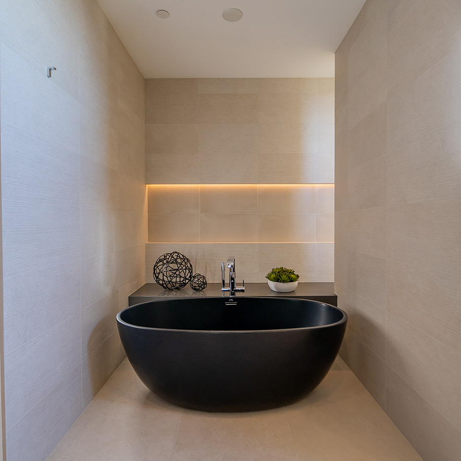 A nice dark large bath.