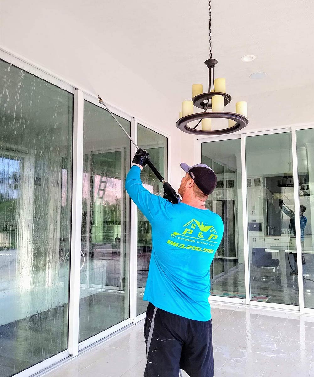 Window cleaning in Haines City, FL