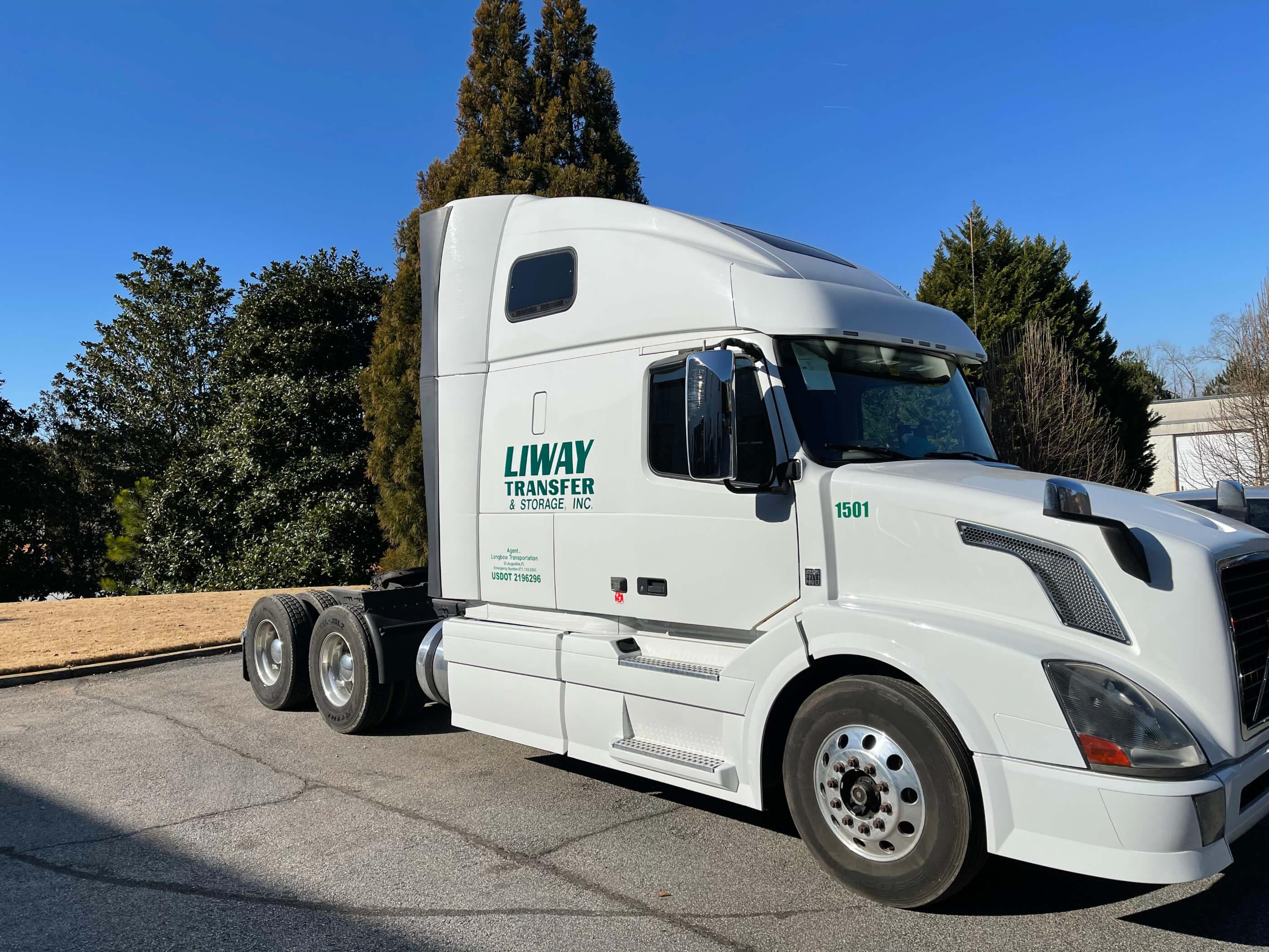 Li-Way Transfer & Storage, Inc Truck