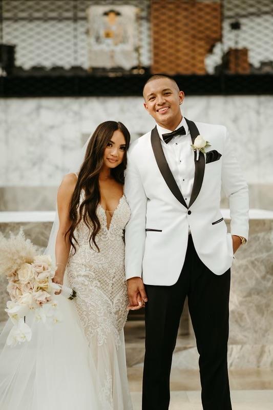 wedding couple spray tan