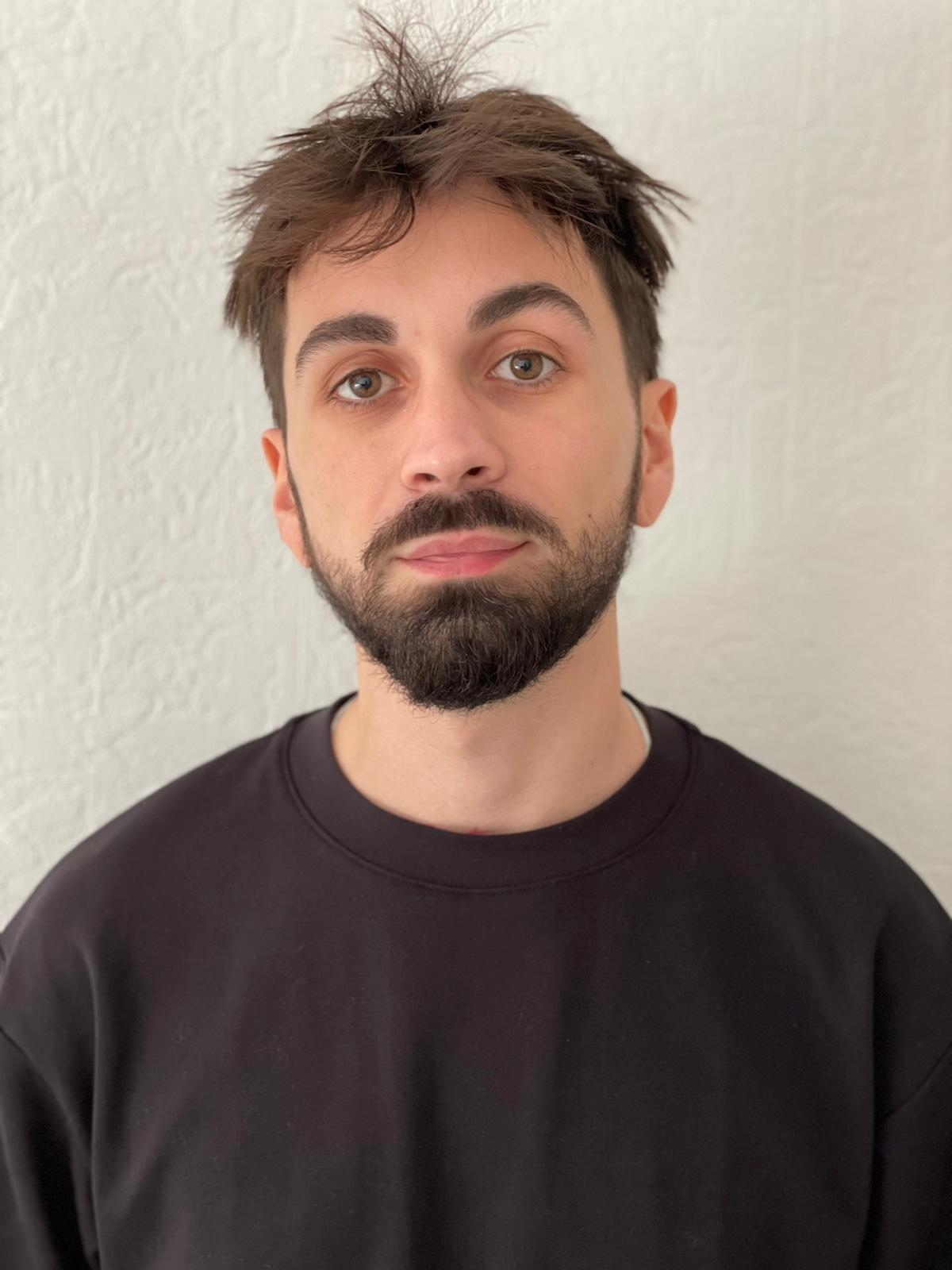 Quentin Esprit - Product Designer - En voiture Simone