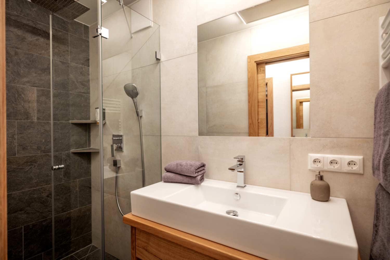 Bad in der Steiner Appartement Suite 502