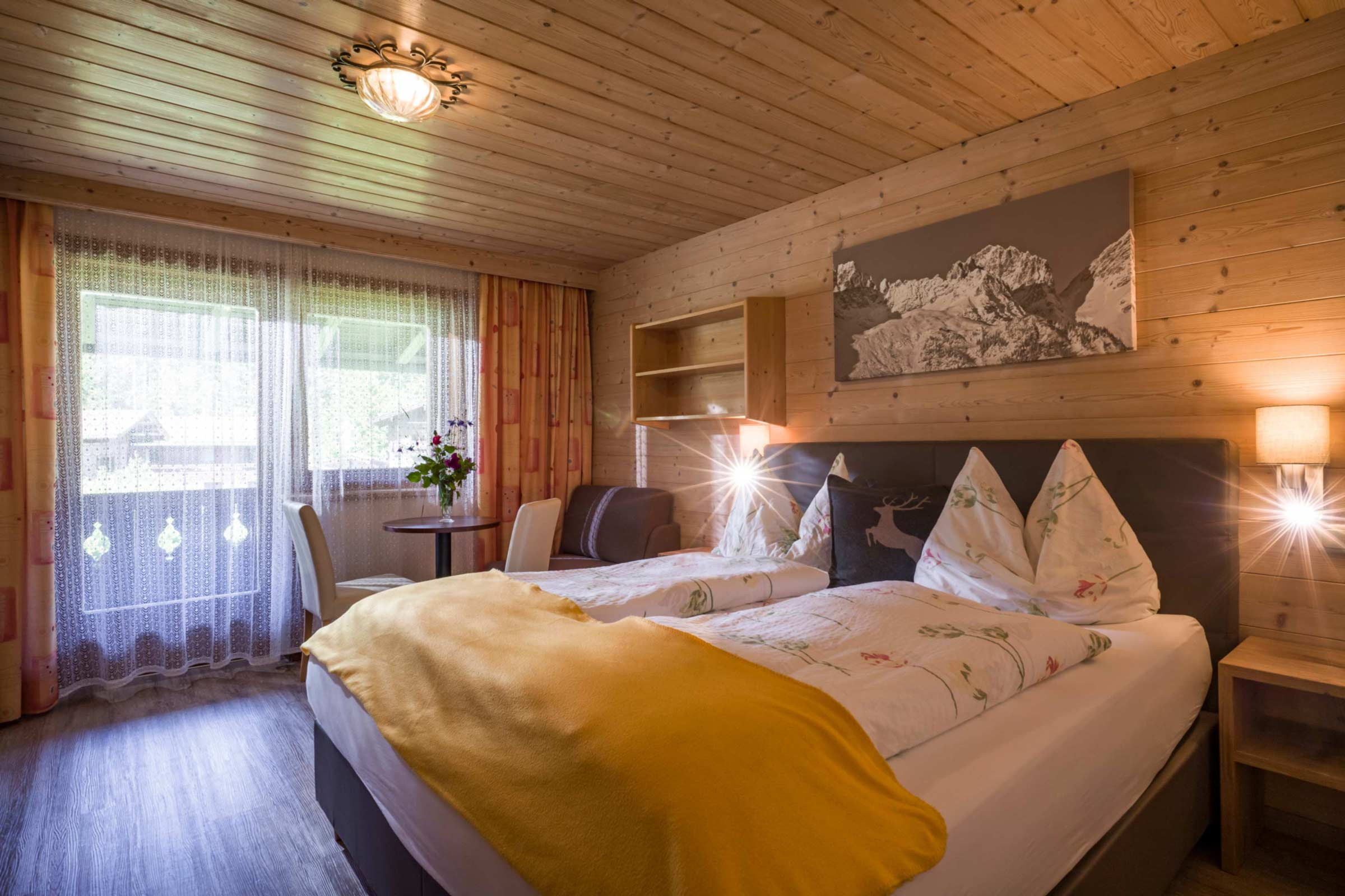 Appartement Pension Steiner Schlafzimmer
