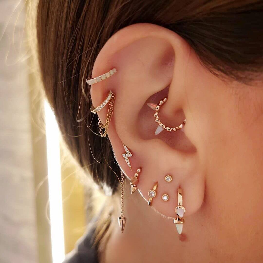 These Are the Earrings All The Cool Girls Are Wearing