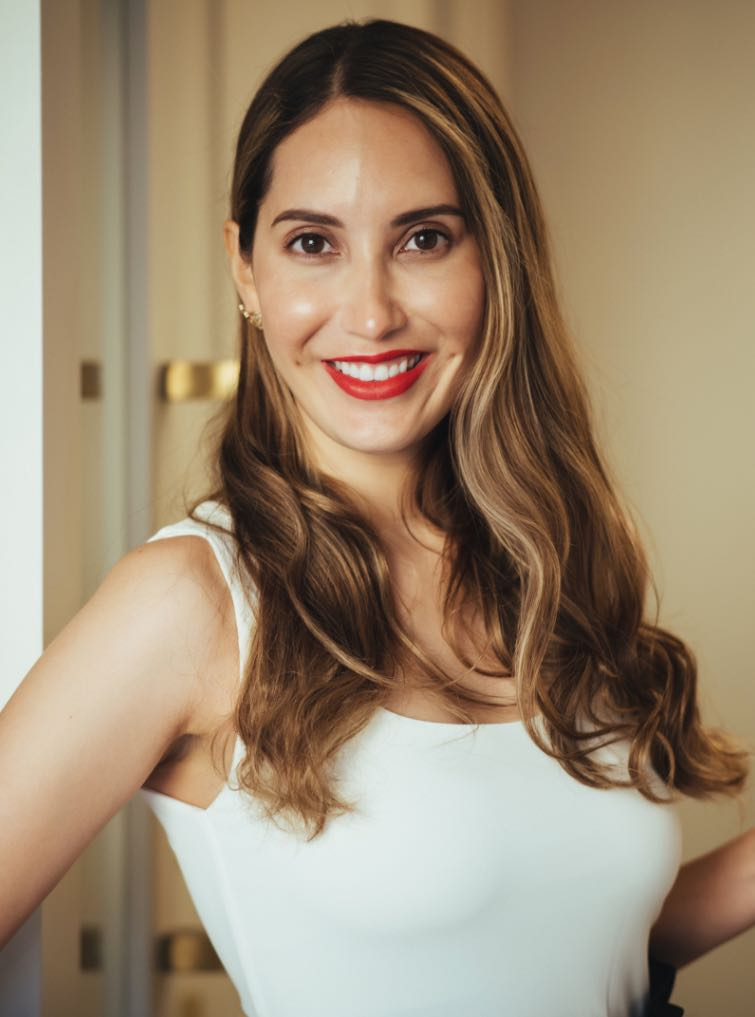 Photo of Dr. Isabel