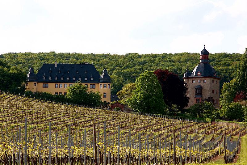 File:2010-05-16 Schloss Vollrads.jpg
