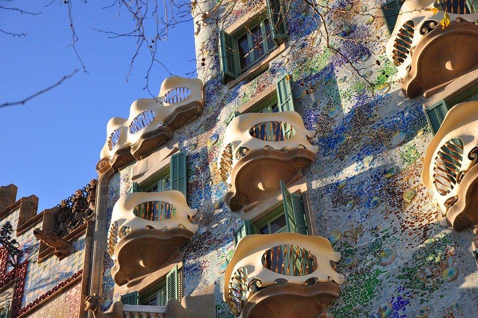 Bart Lou House at Casa Batllo Barcelona
