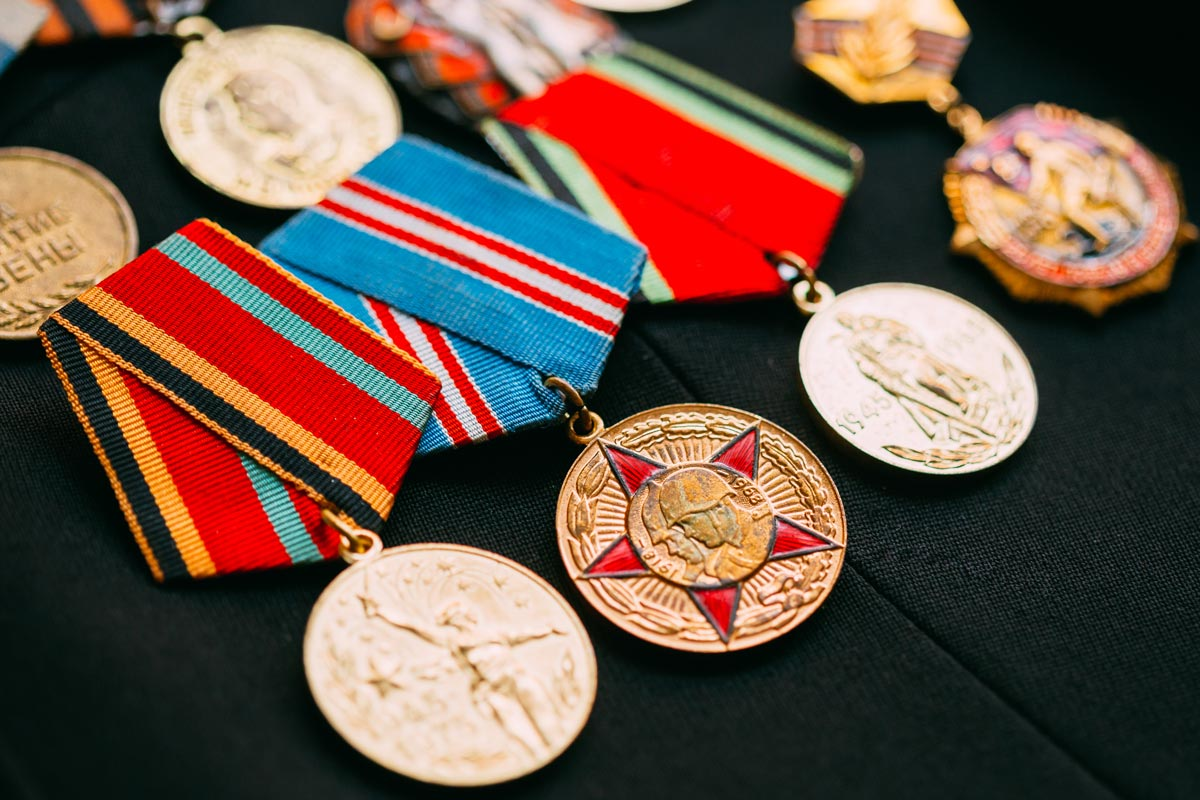 Various veterans medals and badges