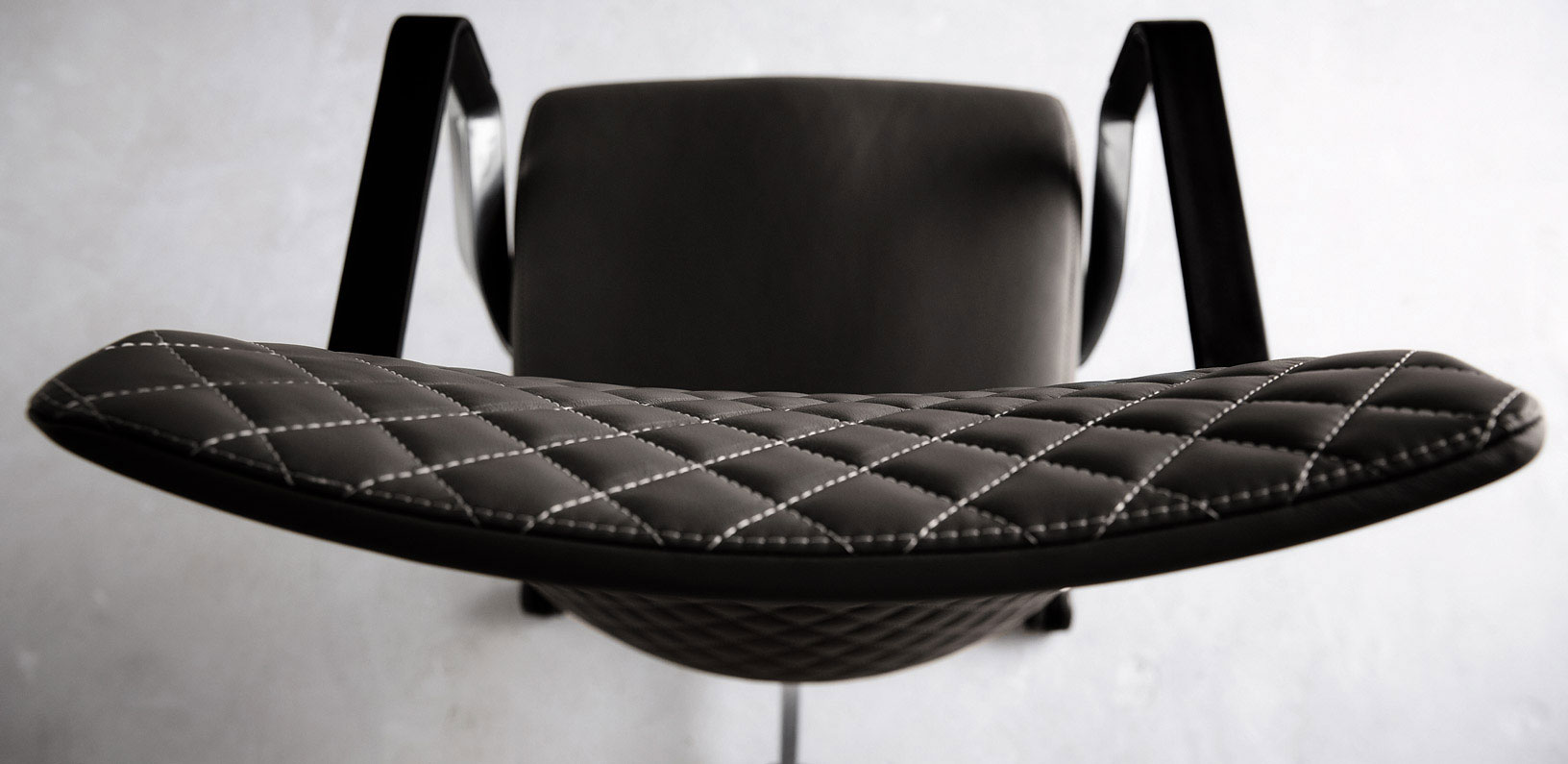 Seating: Via Proform