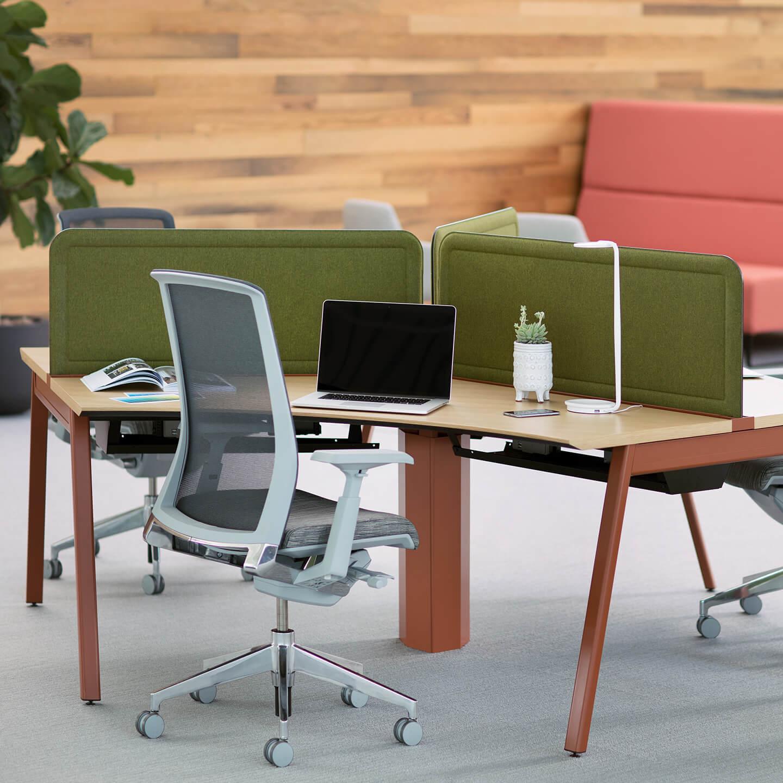 Workspaces: Haworth Intuity