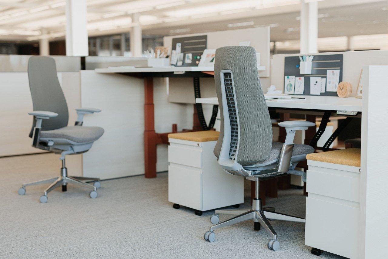Workspaces: Haworth Planes Benching