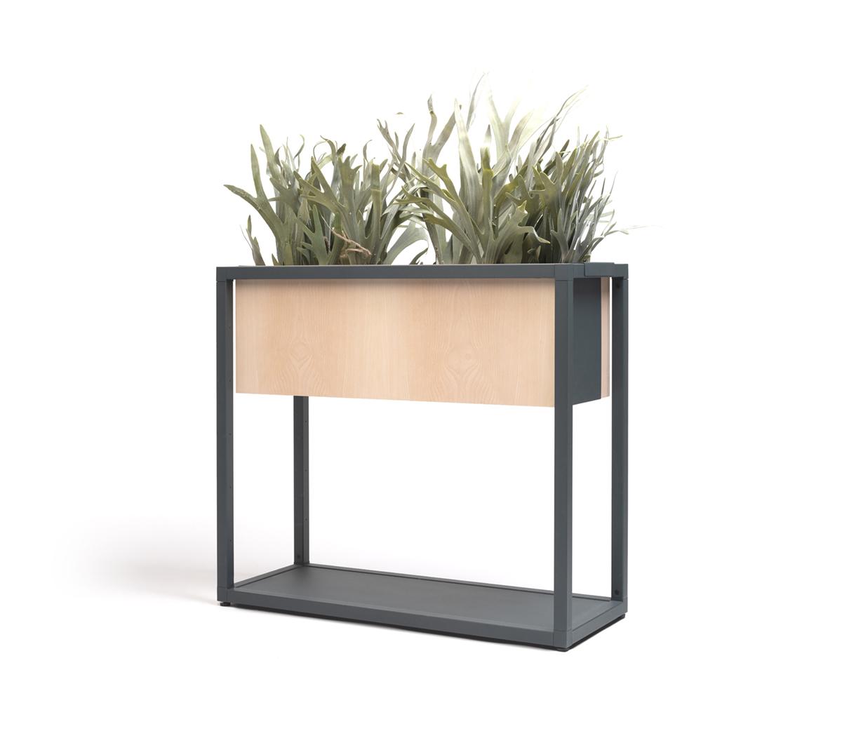 Accessories: Hightower Dry Planter Box