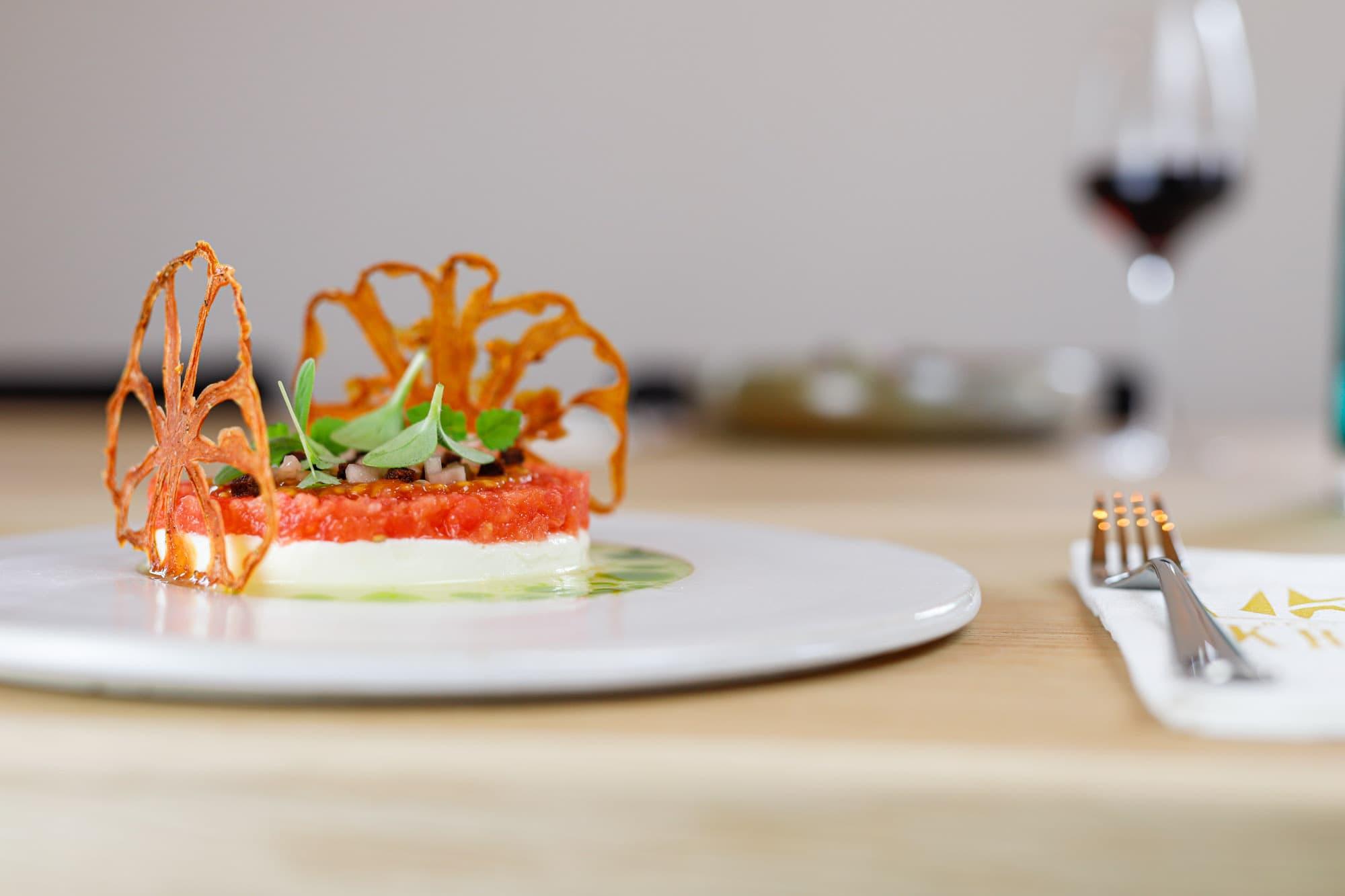 Restaurant Krelis gerecht structuren van tomaten