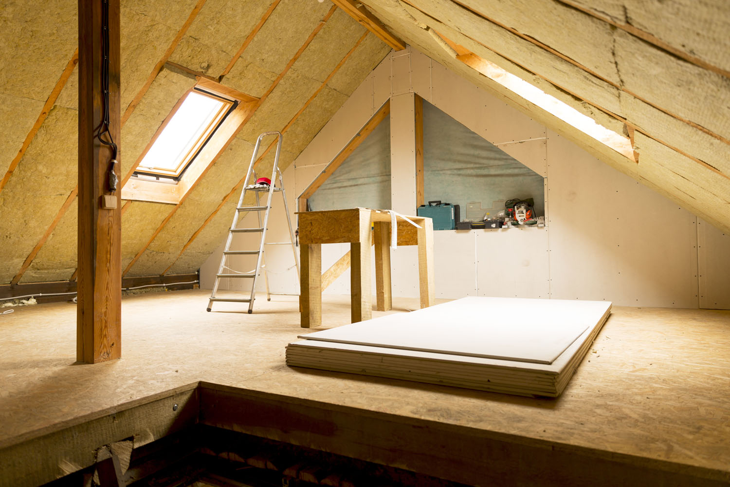 Family home with attic insulation in repair, wood, tools & ladder included. Need roof insulation? Call Keyprime Roofing