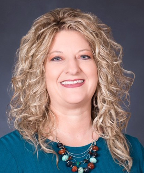 Headshot of Karen Walsleben
