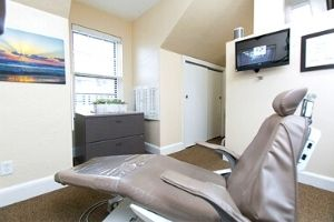 Fisher & Orfaly Dental chair