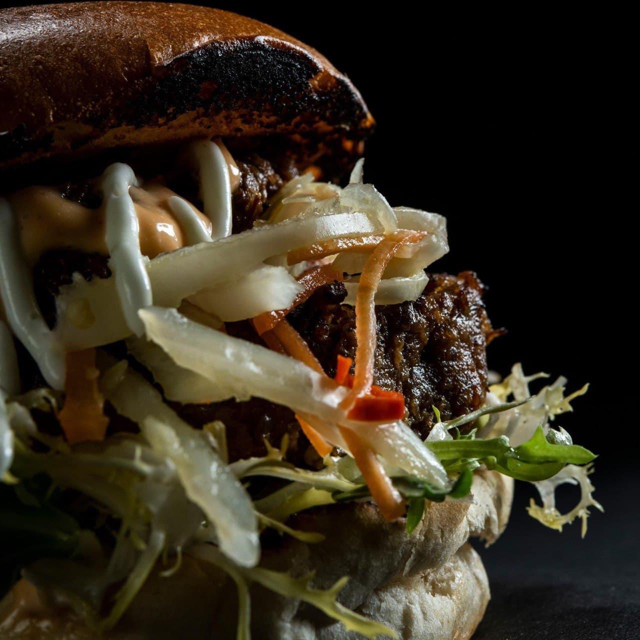 warung de rozario rendang burger