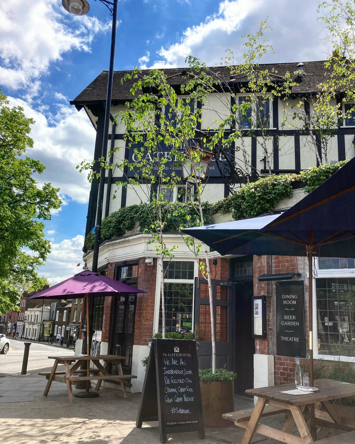 We hope you are out enjoying this spectacular weather!   If you fancy dining with us today we have a few tables available for roasts! Chicken, beef, pork, lamb and nut roasts all still available...  See you later!  #sundayroasts #highgate #hampstead  #summerishere #sunshine