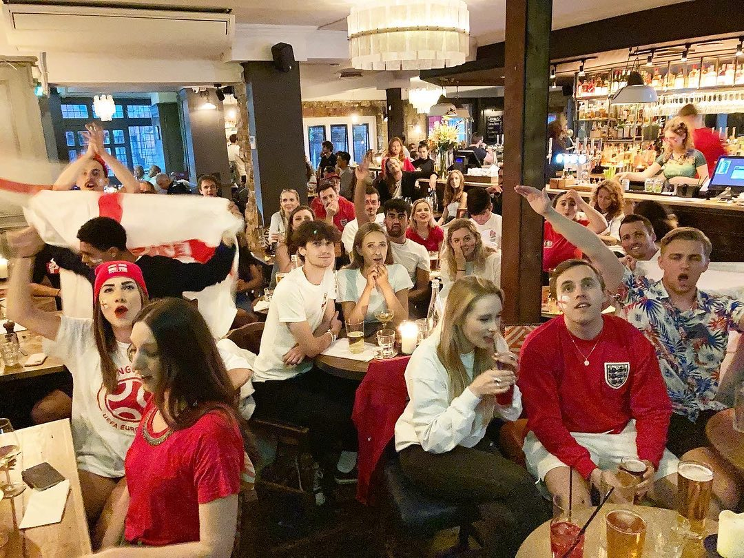 We want to say a massive thank you to everyone who has joined us for the euros over the past few weeks! After such a tough 18 months it has been amazing to make some special 2021 memories here at The Gatehouse!  It's safe to say we are all incredibly proud of the England team and what they have achieved this summer! ⚽️🏴 Well done boys!  #euros #football  #footballskills #euros2021 #euros2020 #footballfever #footballgames #footballgames #footballseason #highgate #england #englandfootball #england🇬🇧 #northlondon #beergarden #beer #footie