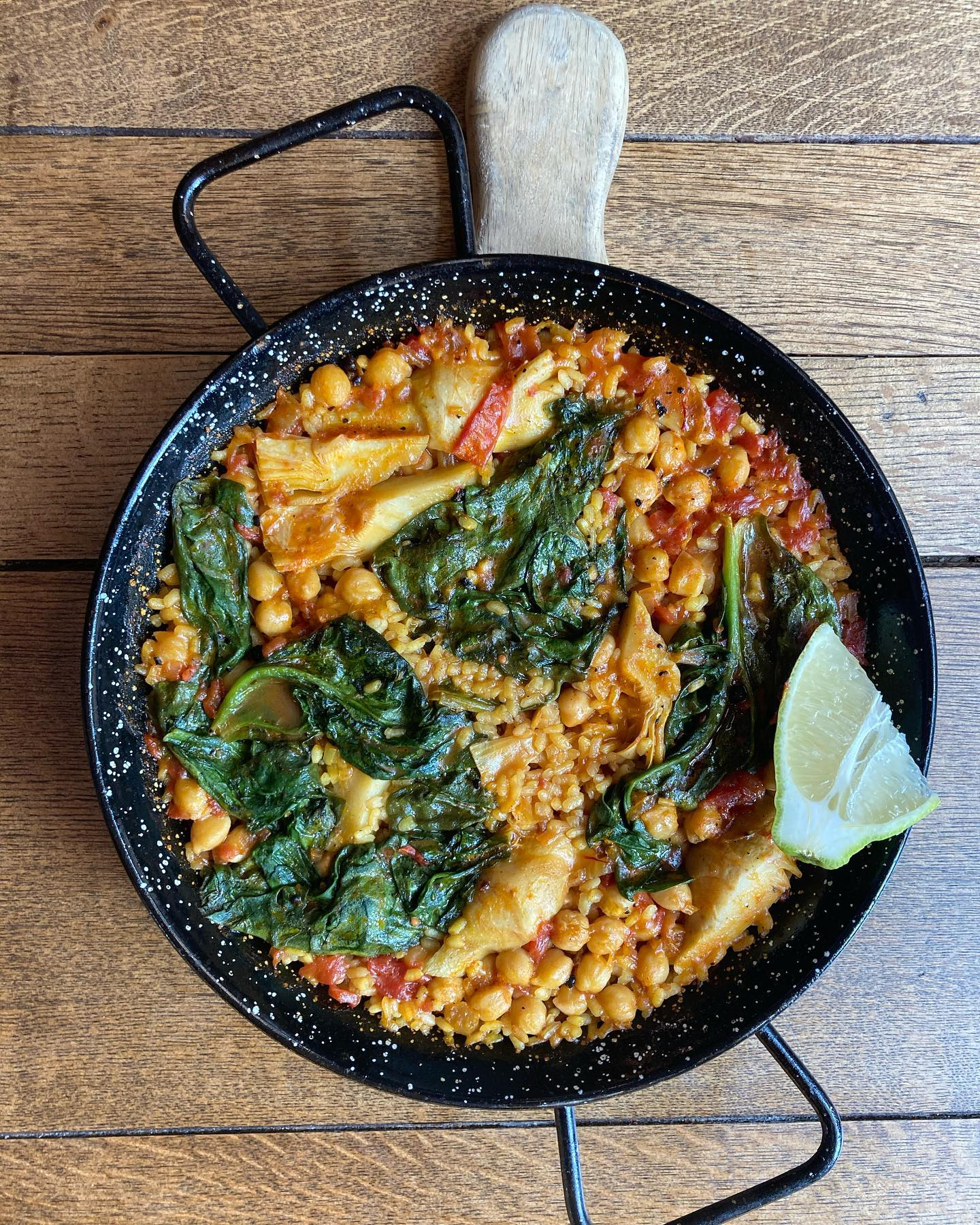 Have you tried our delicious paellas?   Choose between chicken and prawn, squid ink and cod or chickpea and artichoke !!   Book a table now in our secluded garden  #northlondonfood #northlondon #highgate #hampstead #foodporn #foodstagram #foodinspiration #foodie #paella #spanishfood #gardendining