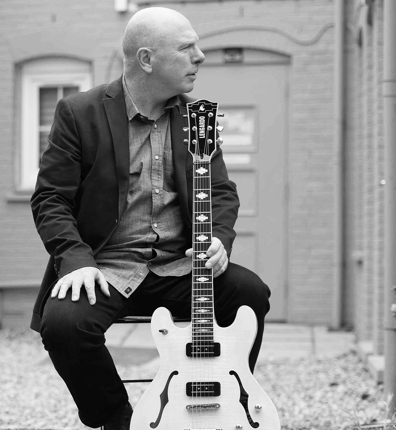 We are so excited to welcome Guitarist Carl Orr (Billy Cobham) for live Jazz at the Gatehouse this sunday and next!  Carl Orr has worked for years with Jazz Fusion Legendary Drummer Billy Cobham & also many times at Ronnie Scotts Club.   He will be accompanied by with Miles Danso on Bass & Drummer Ollie Usiskin.  7.30 - 10pm… we recommend booking to avoid disappointment!  #jazz #music #jazzmusic #hiphop #dance #guitar #blues #soul #funk #musician #rock #vinyl #piano #livemusic #northlondon #highgate #hampstead