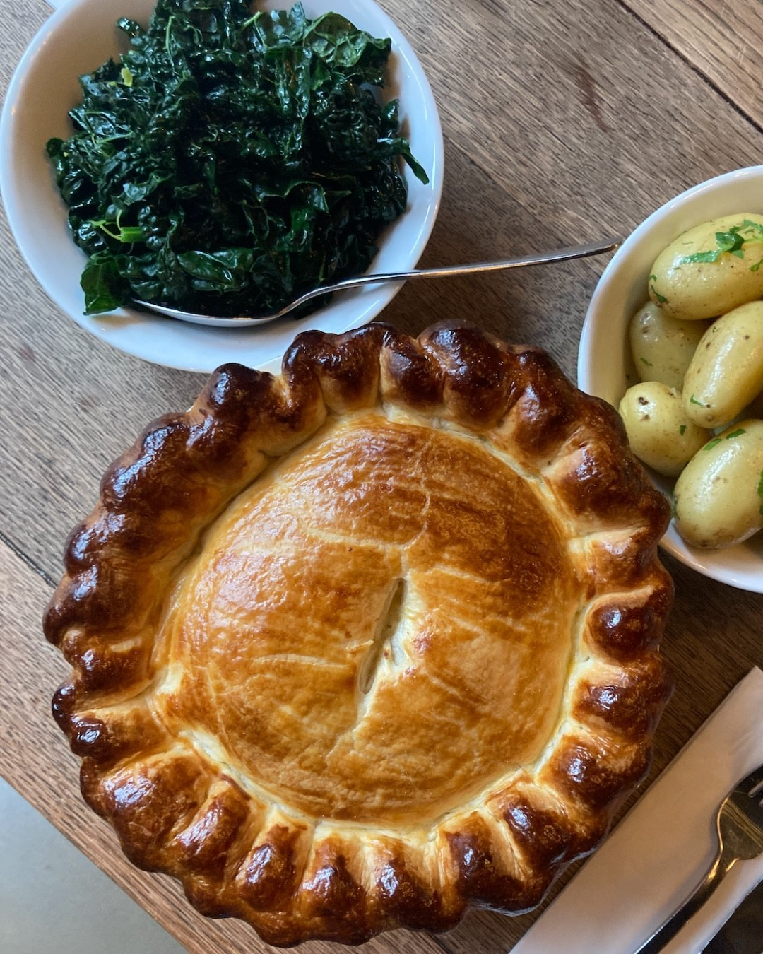 PIES FOR FRIDAYS!   Highgate, we know what you really want this evening... it's to tuck into one of our hearty chicken pies! The wholesome way to settle into autumn's chillier evenings!  Served with pink fir potatoes and cavolo nero, £29.50...perfect for sharing with a loved one!  Tables available tonight, give us a ring if you'd like to book!  #treatyourself #gardendining #northlondon #highgate #hampstead #food #foodphotography #foodstagram #foodofinstagram #foodie #foodporn #instafood #foodphotography #yummy #foodstagram #foodblogger #homemade #delicious #foodlover #restaurant #lunch #dinner #cooking #foodies #tasty #foodpics #foodgasm #chef #eat #yum