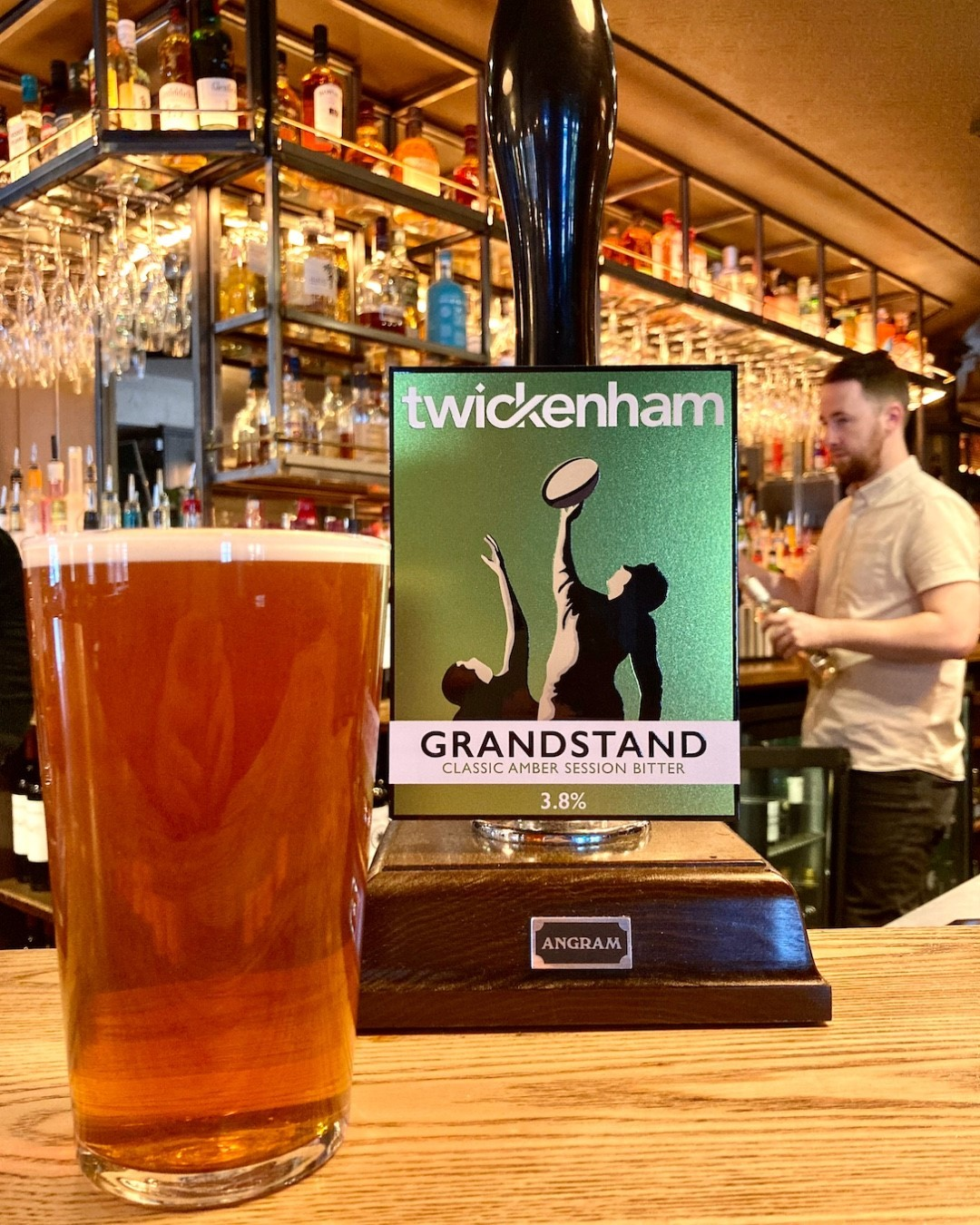 HAPPY SATURDAY HIGHGATE!  Have you tried our new English bitter? Grandstand by Twickenham Fine Ales has light citrus hoppy notes and fresh clean finish make it really thirst quenching. The one beer to have when you're having more than one!  We're very excited about more live Jazz tomorrow night! 🎶 Only a few tables left, give us a ring to reserve your spot for the perfect sunday evening!   #hoppy #ale #beer #jazz #music #jazzmusic #hiphop #dance #guitar #blues #soul #funk #musician #rock #vinyl #piano #livemusic #northlondon #highgate #hampstead