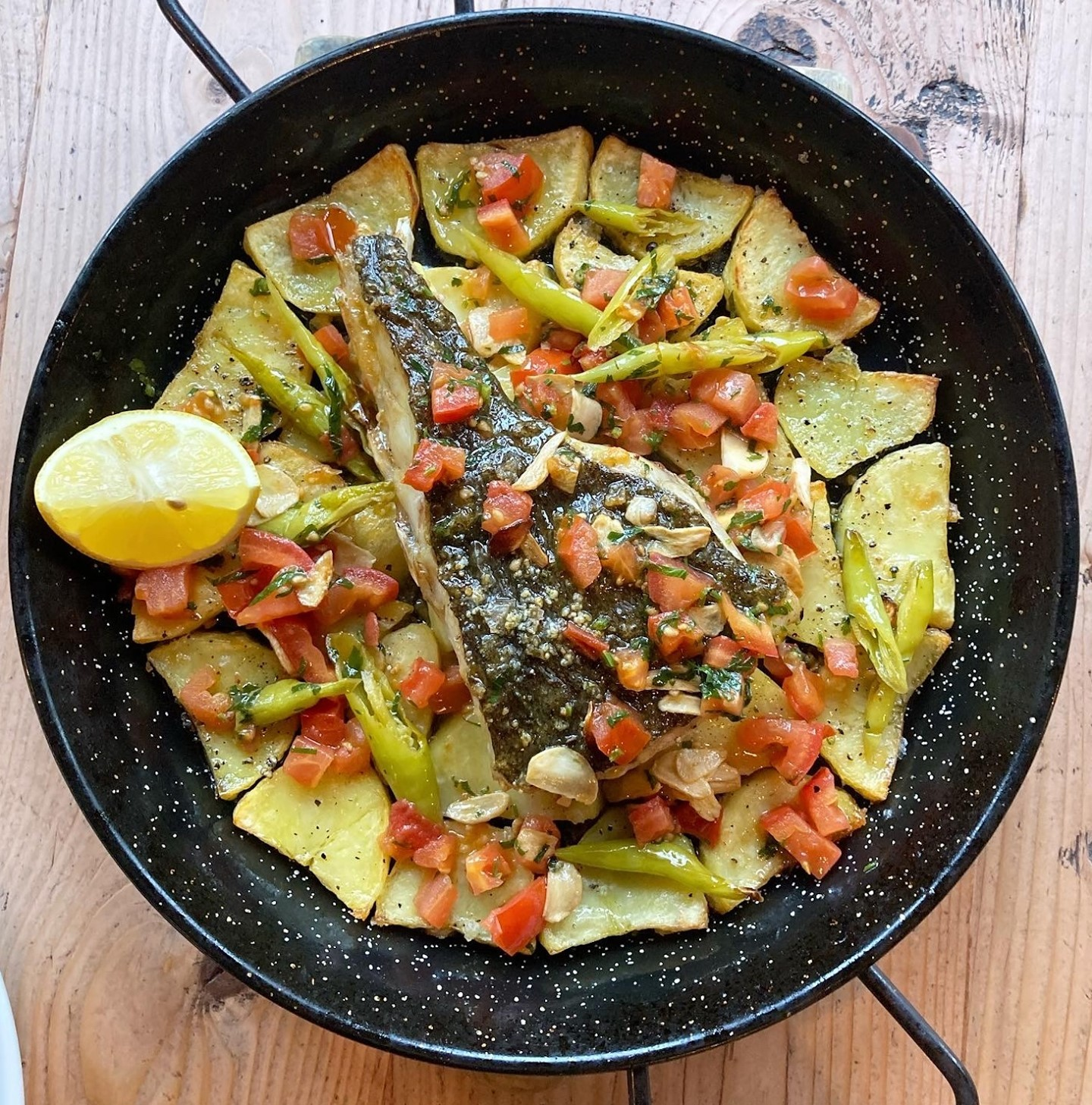 OUR DELICIOUS SKATE WING DISH IS BACK ON THE MENU!  This time we are serving this for one person as well as for two!   £16.50 or £32.50!  Skate wing, a crispy bed of potatoes, garlic & guindilla sofrito accompanied by a fresh green salad - it's a must try. Those who know, know! ;)   #highgate #northlondon #delicious #deliciousfood #food #foodporn #foodphotography #foodstagram #foodofinstagram