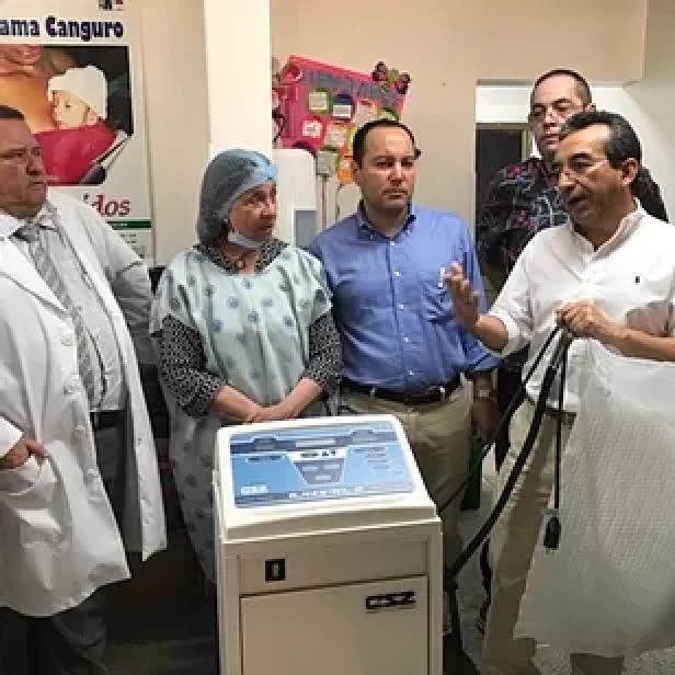 We donated an Hypothermia machine to the Hospital Universitario Hernando Moncaleano in Neiva