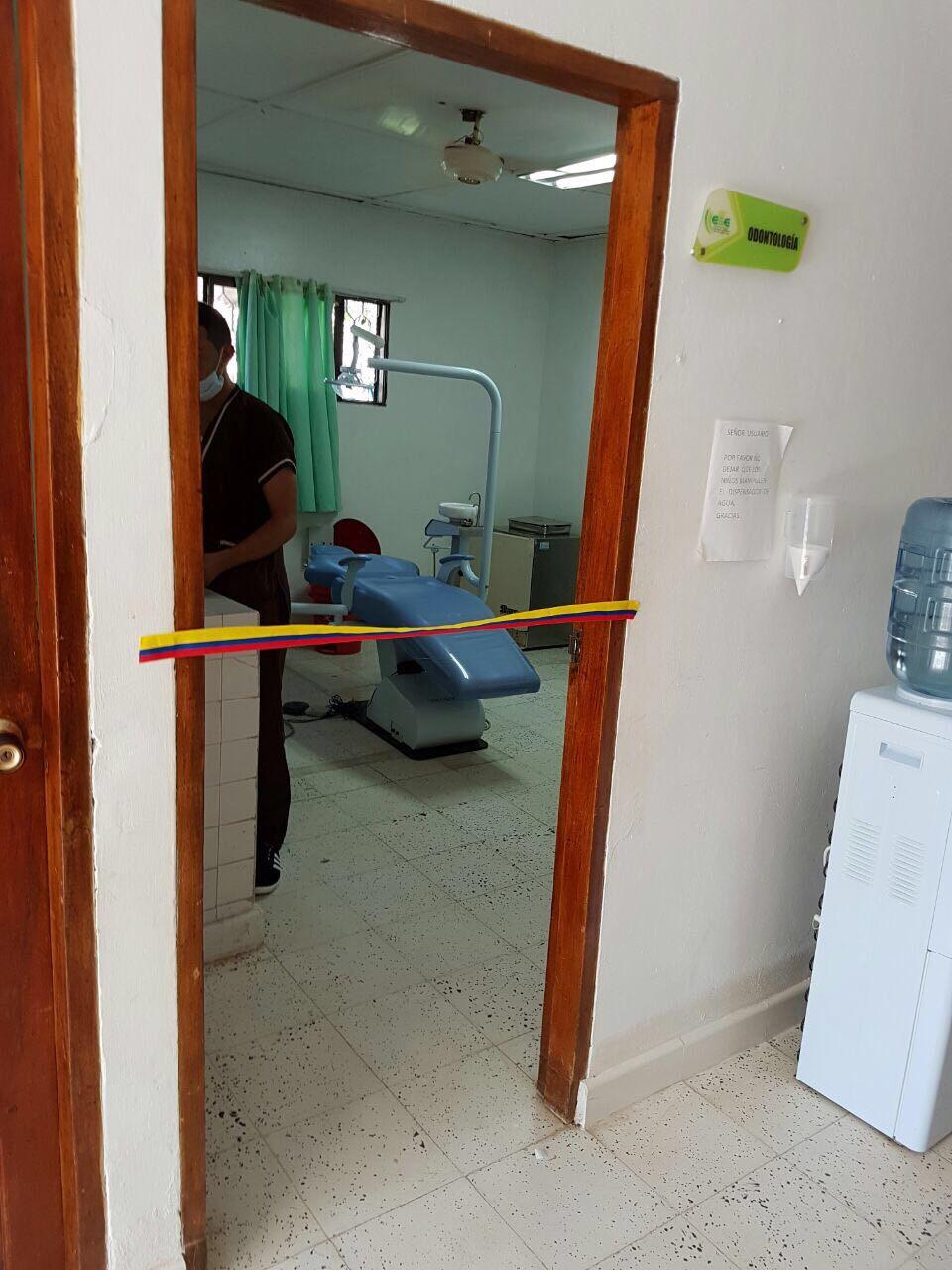 1 dental units, 1 compresor, 2 fetal dopplers, 2 mechanical baby scale