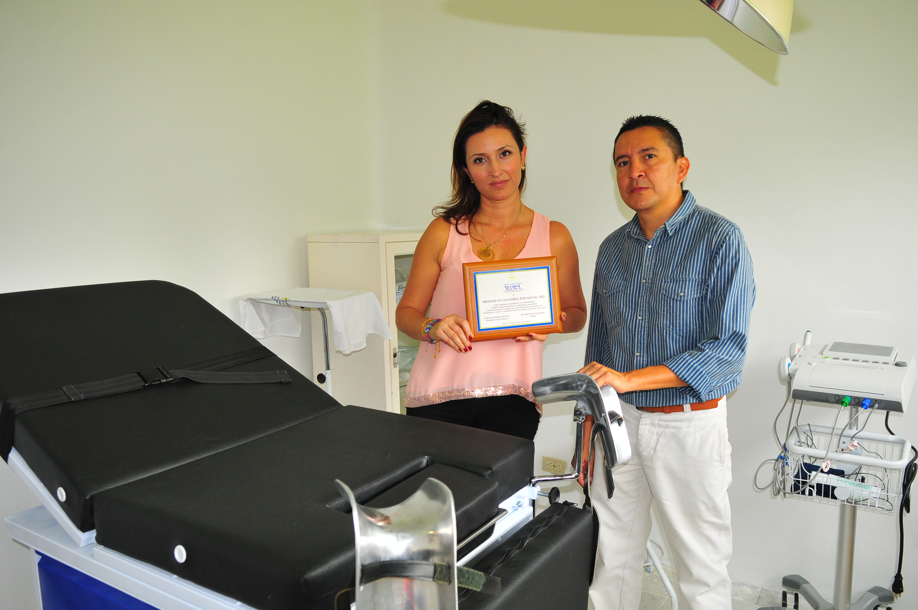 With the help of funds raised Felipe Posada, FOCSA was able to donate a Closed Incubator, Vital Signs Monitor and Phototherapy Lamp to this deserving hospital.